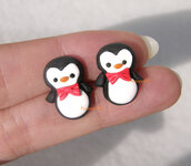 Natale Orecchini a lobo pinguini con papillon fimo perno kawaii