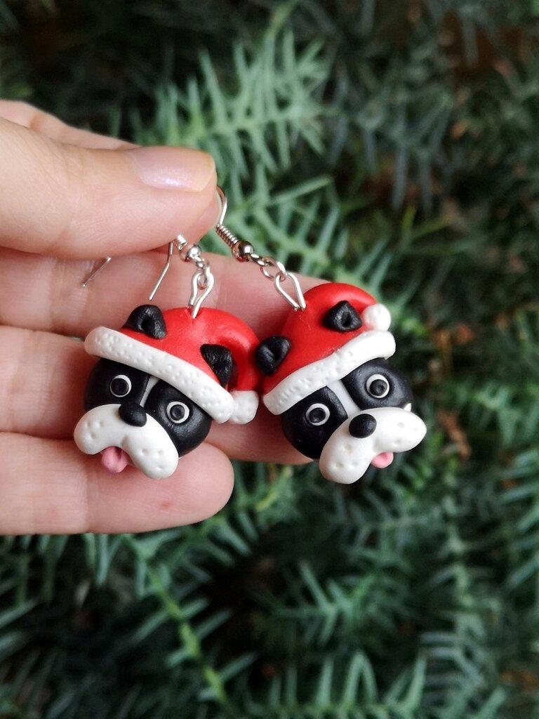 Orecchini in fimo cane bulldog francese in fimo natalizi, gioielli natalizi come idea regalo per amanti dei cani o ricordo cane