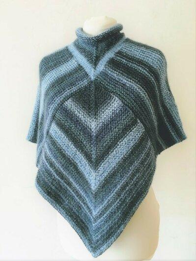 Poncho - mantellina - poncho in lana - coprispalle - scaldacuore