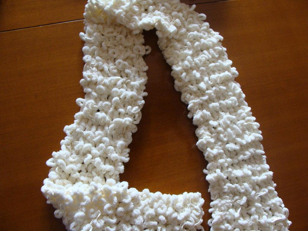 sciarpa bianca