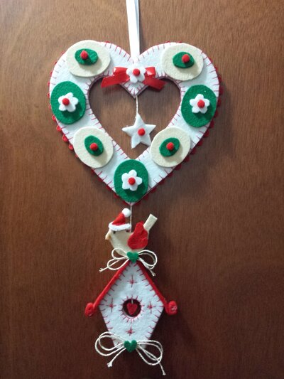 """Fuoriporta natalizio in feltro """"il cuore e l'uccellino"""""""