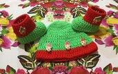 Scarpette e cappellino uncinetto Natale