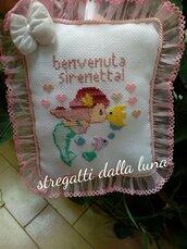Fiocco nascita bimba, rosa, punto croce sirenetta