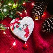 Addobbo natalizio  a forma di cuore