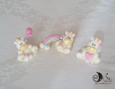 Cake topper statuine unicorno miste da completamento ai cake topper unicorno personalizzati