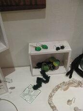 orecchini verdi in vetro veneziano e metallo anallergico idea regalo per chi ama il verde -Green