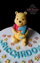 """Cake topper : """"Winnie tenero orsetto"""""""