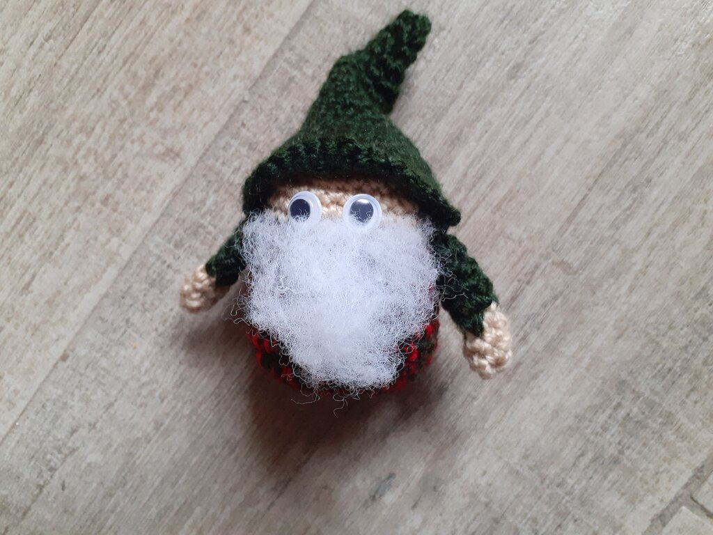 Folletto di Natale amigurumi uncinetto