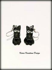 Orecchini con cane scottish terrier in fimo piccoli e leggeri, gioielli con cani come idea regalo per amanti del cane scottie