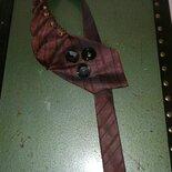 Collana cravatta creativa