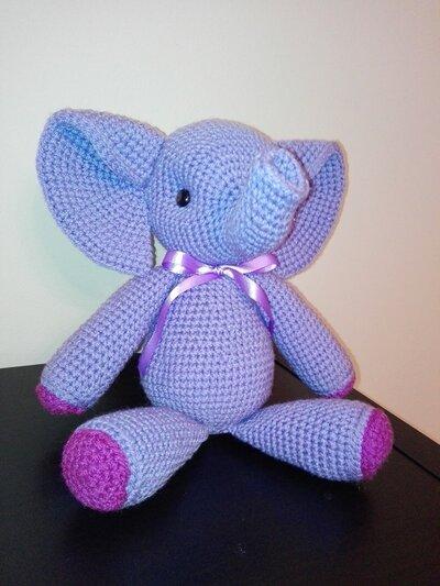 Elefantino realizzato in amigurumi