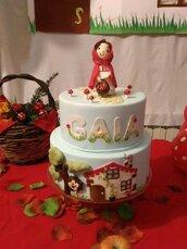 Torta. finta.compleanno. Cappuccetto.rosso. Painting e modelling