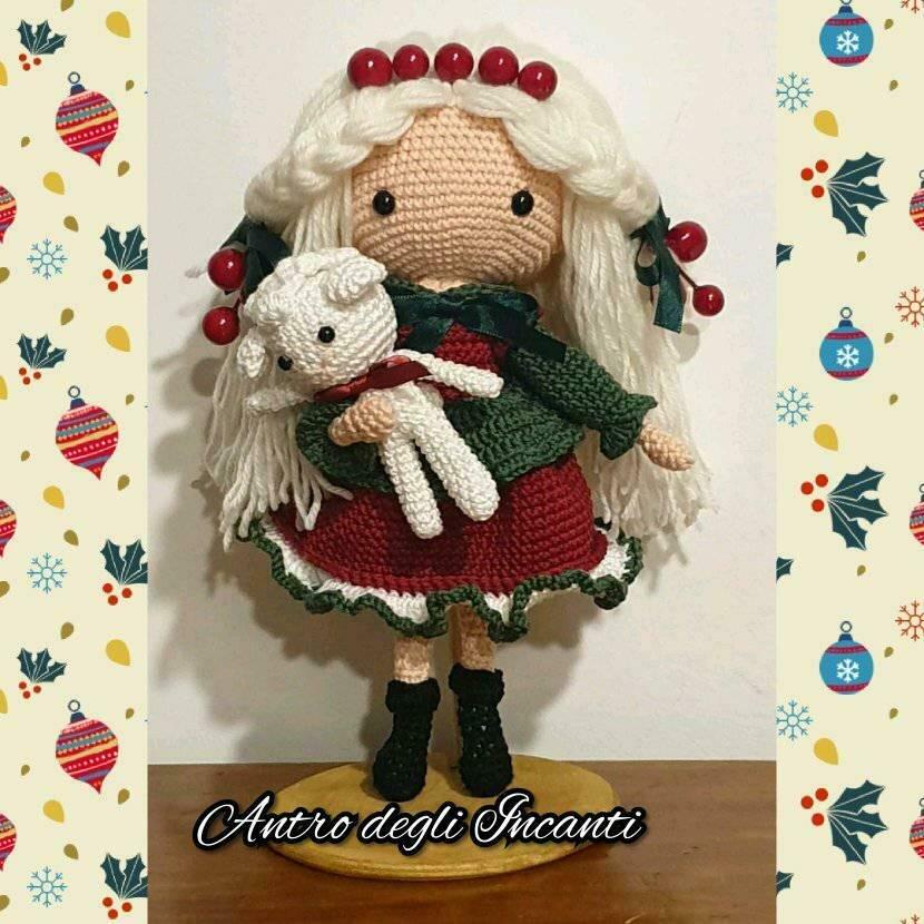 Amigurumi bambola Dicembre