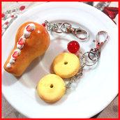 """portachiavi fimo """" Babà napoletano e macine """" fimo cernit idea regalo dolcetti dolci kawaii"""