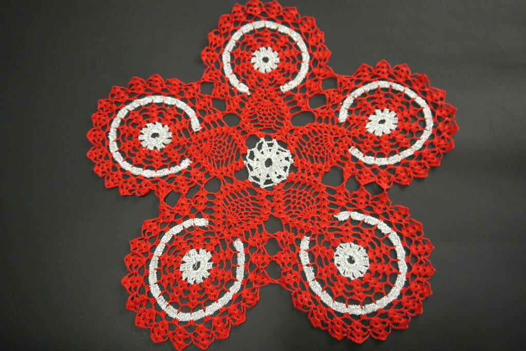 Centrotavola rosso e argento fatto a mano uncinetto idea regalo Natale