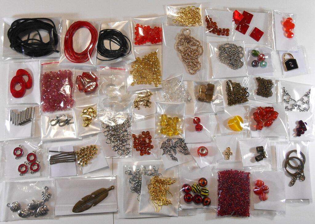 Stock perle perline minuteria assortita cordini ecc 48 confezioni