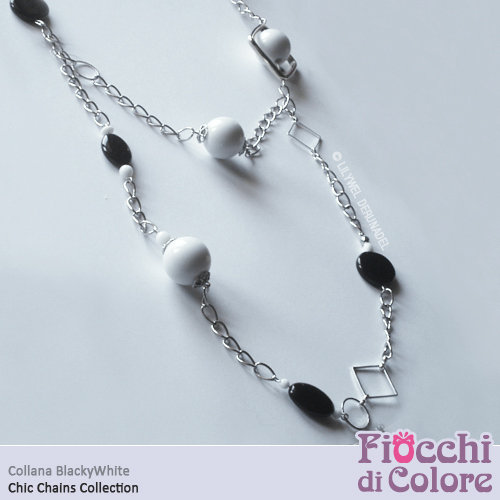 BlackyWhite Necklace