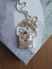 Collana con fiori di ortensia collana lunga donna ciondolo fatto a mano ciondolo resina