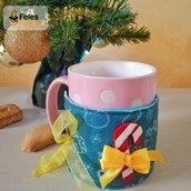 """Copritazza di Natale """"Candyno e Pupazzyno Natalyno"""" - decoro di Natale kawaii per per tazza"""