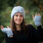 Completo lana cappello e mezzi guanti azzurro