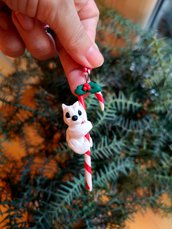 Decorazione natalizia con west highland terrier sullo zuccherino in fimo, addobbi per albero di natale come regalo famiglia
