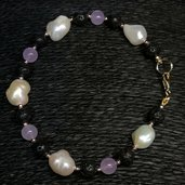 Bracciale in ametista, perle e lava