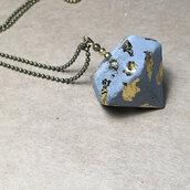 Collana Lunga con Ciondolo forma Diamante in Cemento