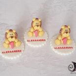 bomboniere Leone primo compleanno statuine con nome personalizzato multicolor