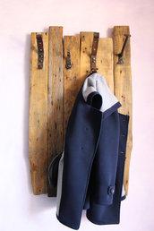 Appendiabiti in legno e ferro