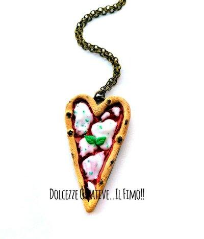 Collana Pizza in cammeo - Pizza margherita - pomodoro, mozzarella e basilico - miniature idea regalo kawaii