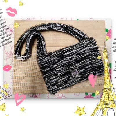 borsetta fatta a maglia