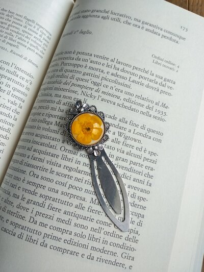 Segnalibro fatto a mano segna libro fiori ranuncolo giallo marca pagine segnalibro originale