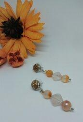 Orecchini pendenti brillanti con pietra dura arancione, Agata pesca e Quarzo, fatti a mano