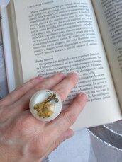 Anello donna fiori rosa gialla anello fatto a mano anello in resina ciondolo resina bocciolo rosa gialla
