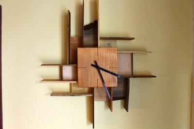 Orologio da parete in legno, quadrante quadrato