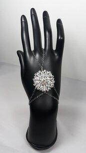Braccialetto alla schiava con charm in filigrana e cristalli, stile Bohemian