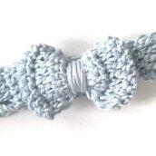 Fascia bimba in cotone con fiocco, colore azzurro, lavorazione uncinetto