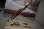 harley davidson penna per gli appassionati ma anche per collezionisti, una bellissima penna a sfera