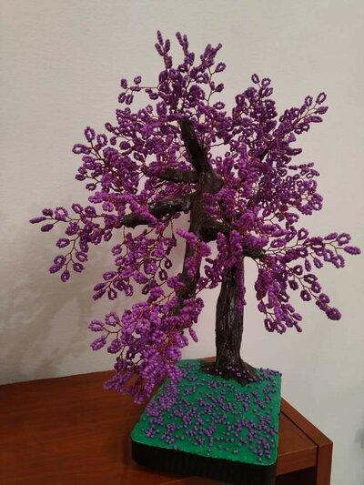 Albero viola albero di perline