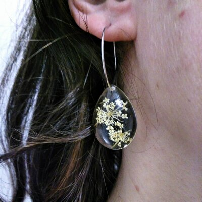 Orecchini donna fiori orecchini cerchio orecchini fatti a mano ciondolo resina