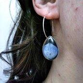 Orecchini cerchio fiori orecchini fatti a mano orecchini fiori ciondolo resina orecchini donna