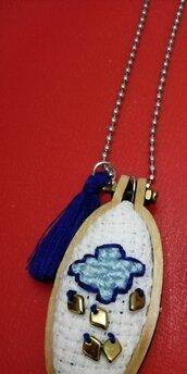 Collana Telaio Nuvole e Pioggia