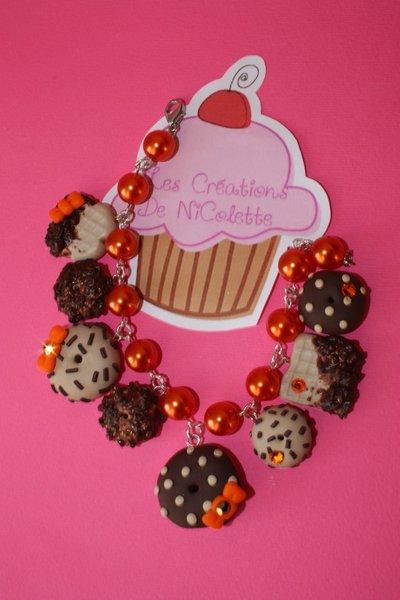 Braccialetto con biscotti arancione