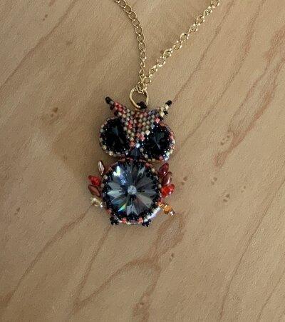 Ciondolo con collana Gufo- cristalli swarovski- acciaio inox- diploma - laurea