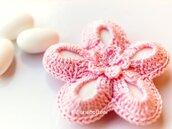 Bomboniera battesimo fiore uncinetto rosa