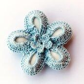 Bomboniera battesimo fiore uncinetto azzurro