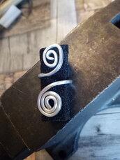 Anello in alluminio battuto