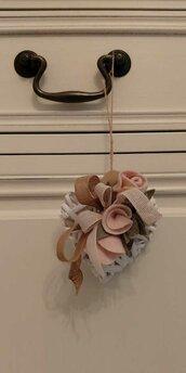 Cuoricino decorativo pannolenci