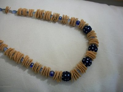 collana lunga giallo/blu