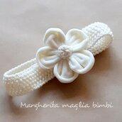 Fascetta Battesimo bimba in lana merino con fiore in velluto bianco panna